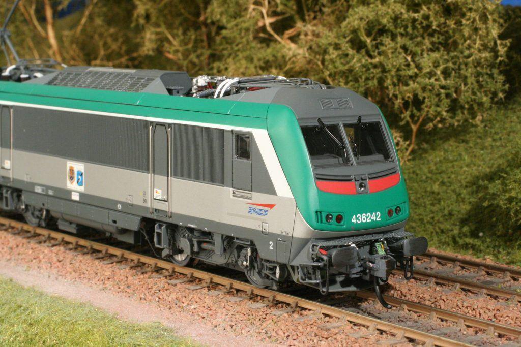 La BB 436242 Jouef prête à assurer son premier train.