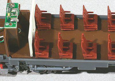 15-Après démontage de la caisse, accès au CI des feux de la remorque.