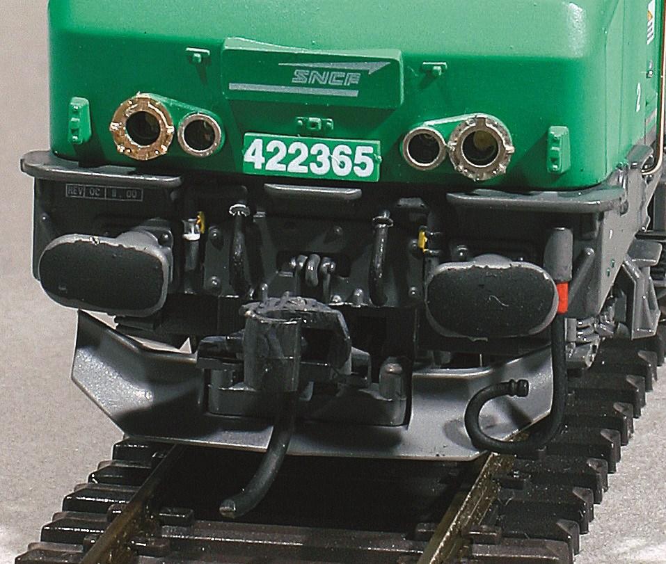 8-Superdétaillage de la traverse de tamponnement de la 422365.