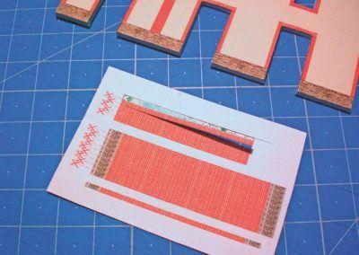 5-A l'aide de bandes découpées dans le tirage réalisé sur du papier 80 g.