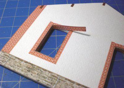 2-Habillage de la tranche du carton, d'une fenêtre d'un pignon.
