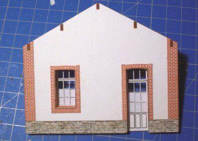 5-Pignon terminé. On posera à cette échelle, les extrémités des pannes en haut du mur.