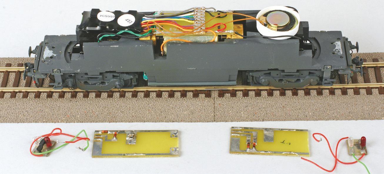 8 - Châssis de BB 67000 Lima avec éclairage par ampoule (montage décodeur sonore CDF, article RMF).