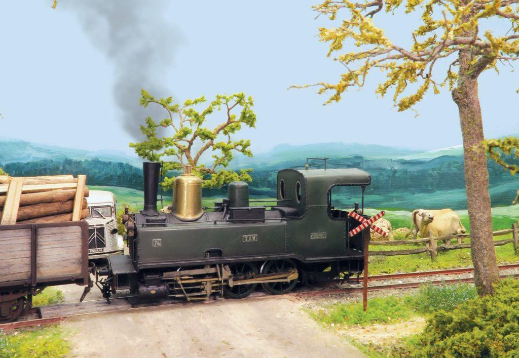 La Corpet Louvet emmène un train de bois. C'est elle qui a tout déclenché...