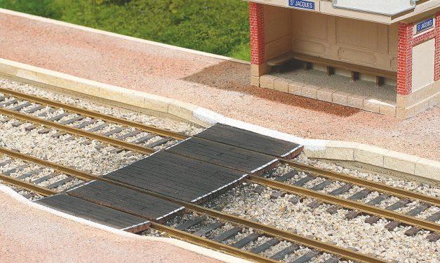 Comment faire un quai voyageurs ancien avec passage planchéié?