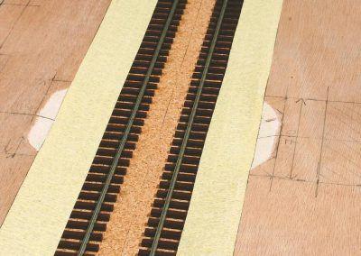 13-Les bandes délimitent la largeur de la surface à sabler.
