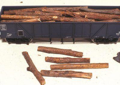 Nous placerons ensuite les rondins ainsi obtenus de façon aléatoire dans notre wagon.