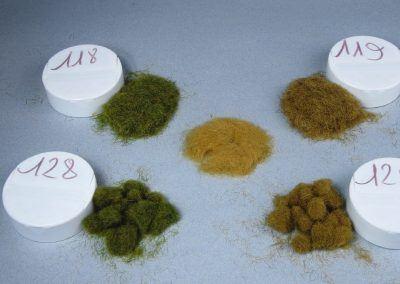 Les flocages choisis avec, au centre, le 117. Notez l'effet de boule de poils des fibres de 4 mm.