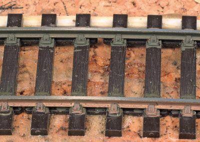 5-Le résultat après passage de la gomme pour rail sur le dessus du profi lé.