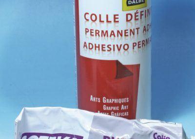 17 – Colle permanente en bombe et colle PVC en tube.