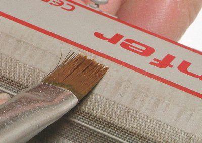 26 – La patine des céréaliers à faces planes peut être appliquée à la brosse en utilisant le principe du dry brushing.